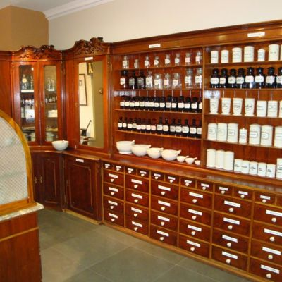 Cultivating the tradition of apothecaries